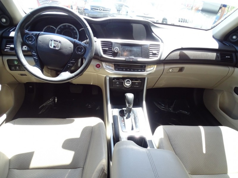 Honda Accord Sedan 2014 price $15,995