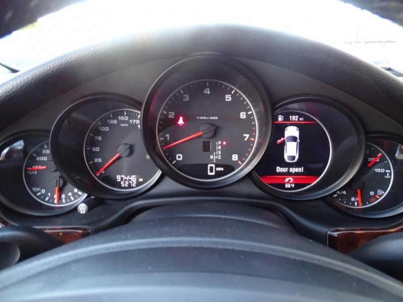Porsche Panamera 2014 price $27,995