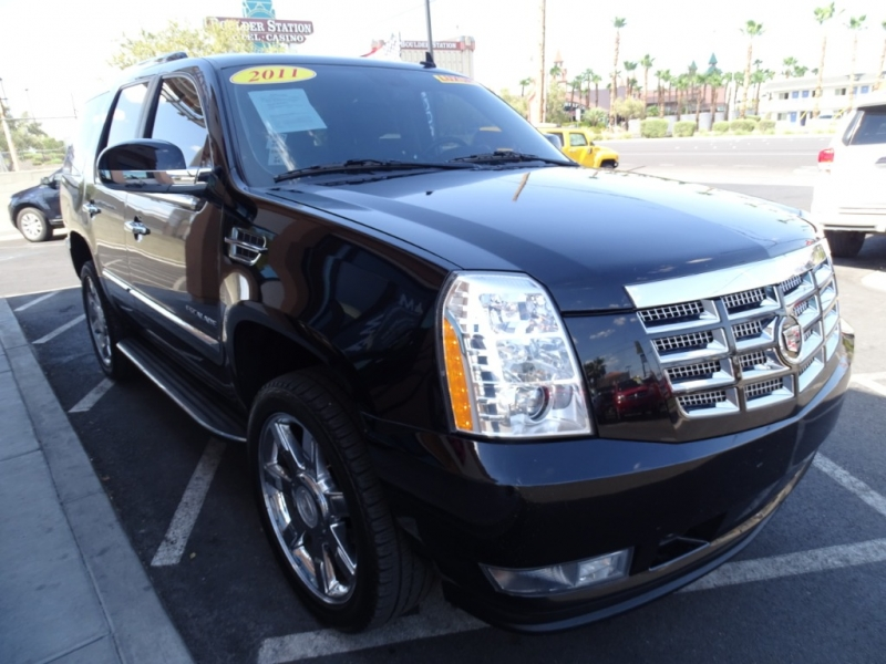 Cadillac Escalade 2011 price $21,995