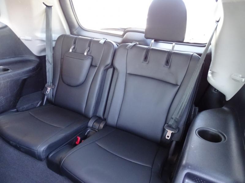 Toyota Highlander 2013 price $18,495