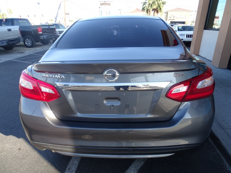Nissan Altima 2016 price $13,995