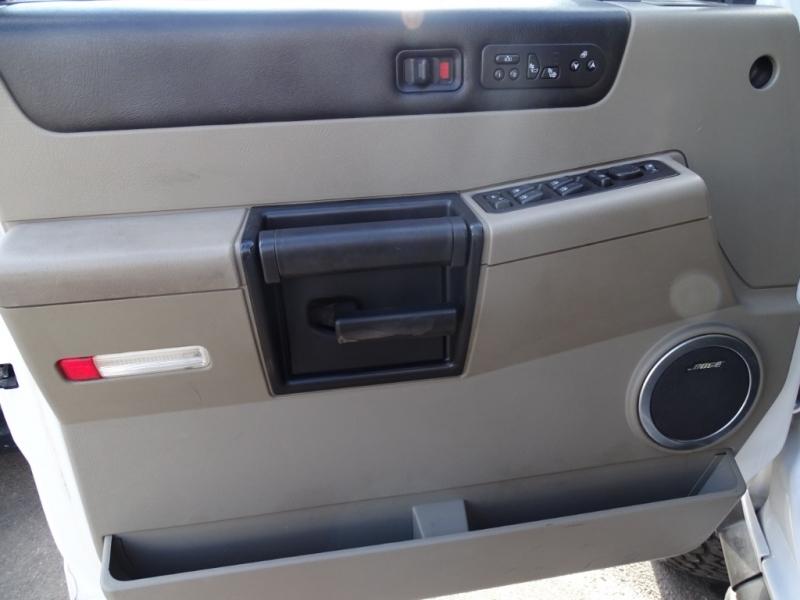 Hummer H2 2006 price $16,995
