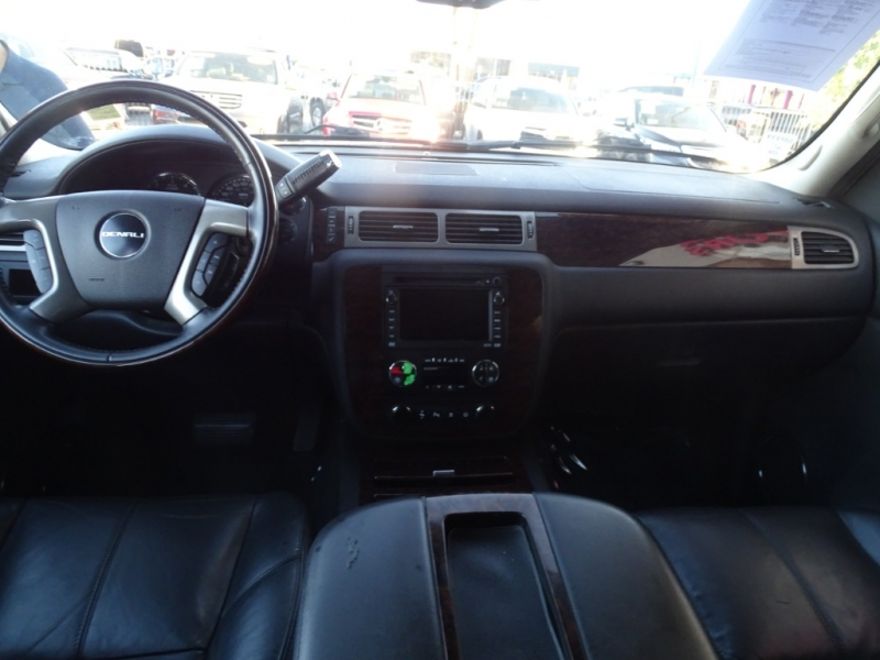 GMC Yukon XL Denali 2008 price $11,995