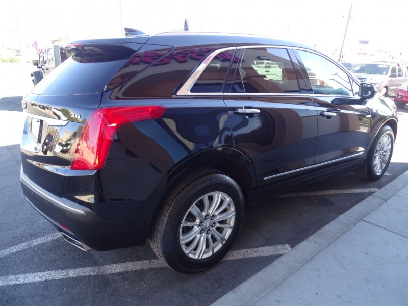CADILLAC XT5 2017 price Call for Pricing.