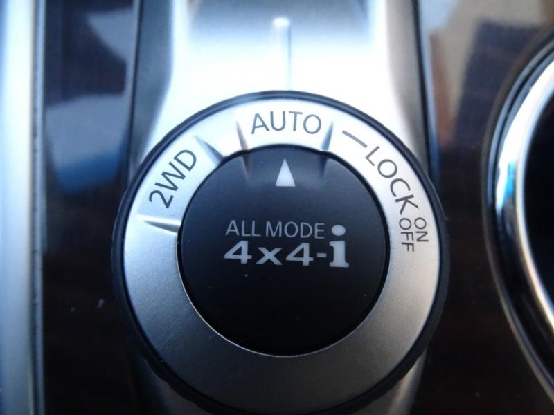Nissan Pathfinder 2013 price $14,895