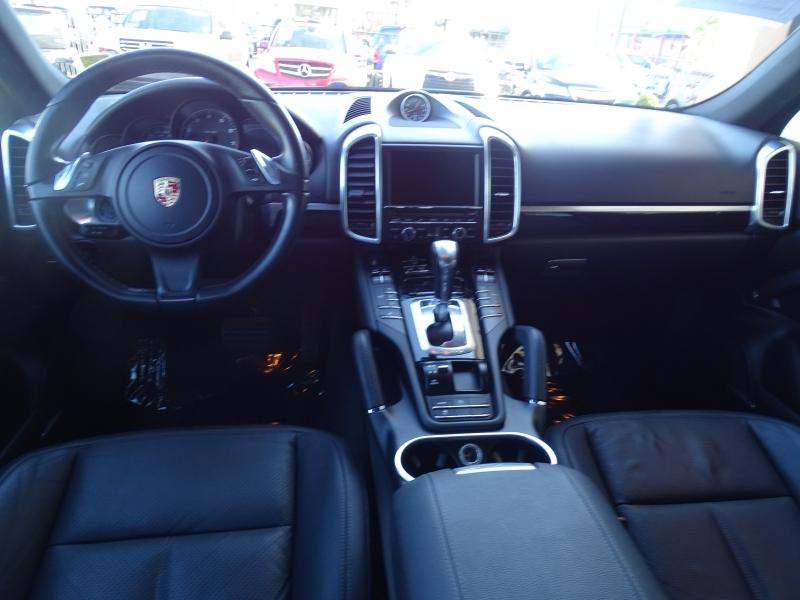 Porsche Cayenne 2014 price $20,995
