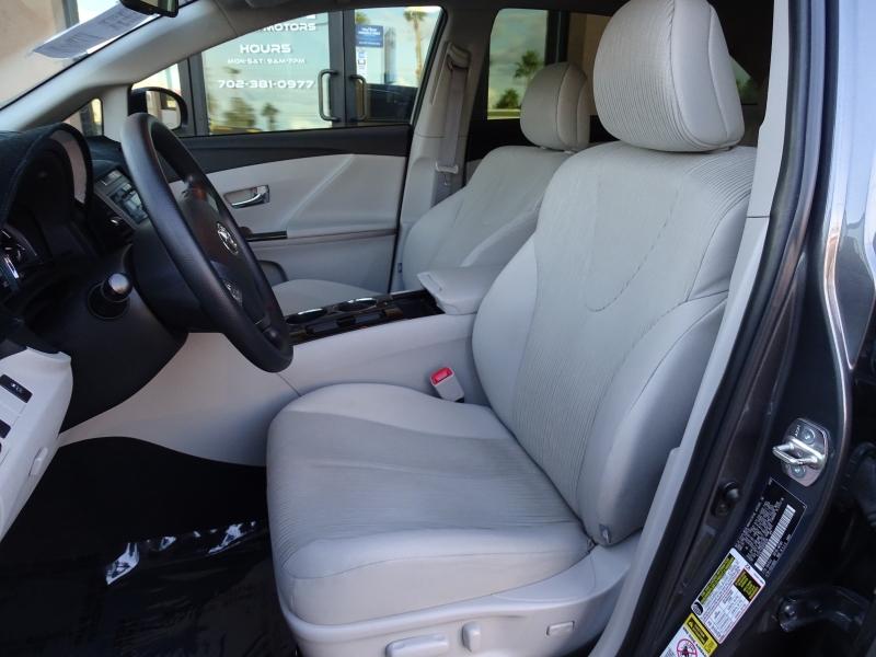 Toyota Venza 2009 price $11,995