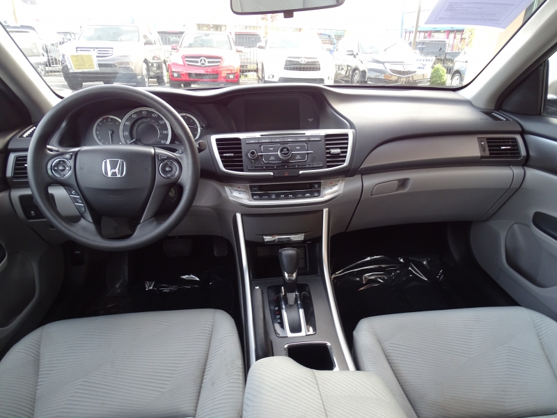 Honda Accord Sedan 2014 price $13,995