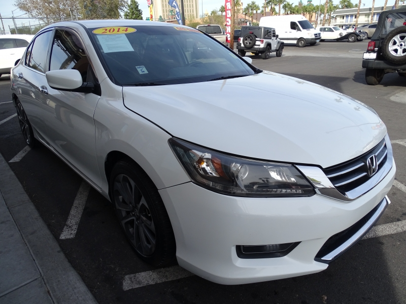 Honda Accord Sedan 2014 price $10,995