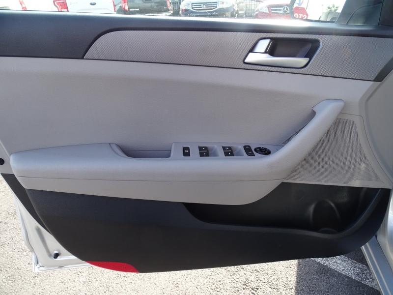 Hyundai Sonata 2015 price $12,995