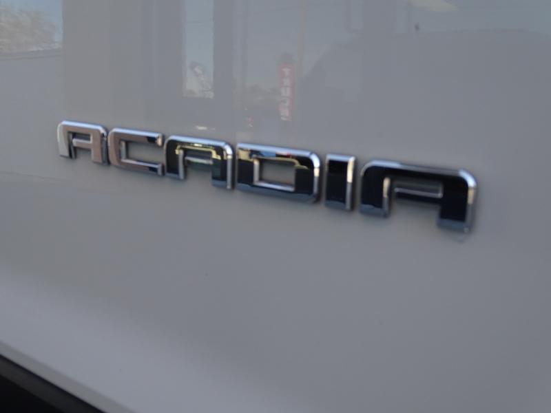 GMC Acadia 2018 price $23,995