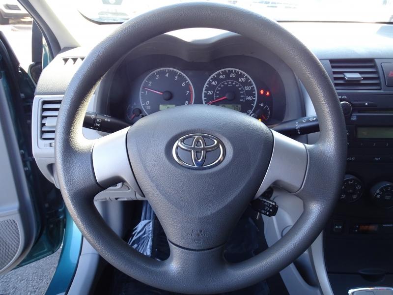 Toyota Corolla 2010 price $10,995