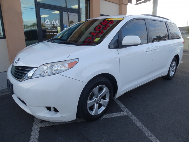 Toyota Sienna 2013 price $12,995