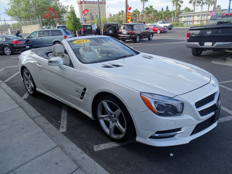 Mercedes-Benz SL-Class 2013 price $31,995