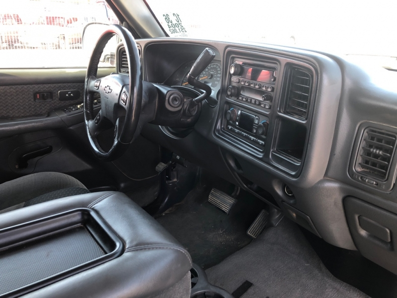 Chevrolet Avalanche 4x4 2004 price $4,995