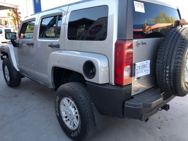 Hummer H3 2008 price $8,995