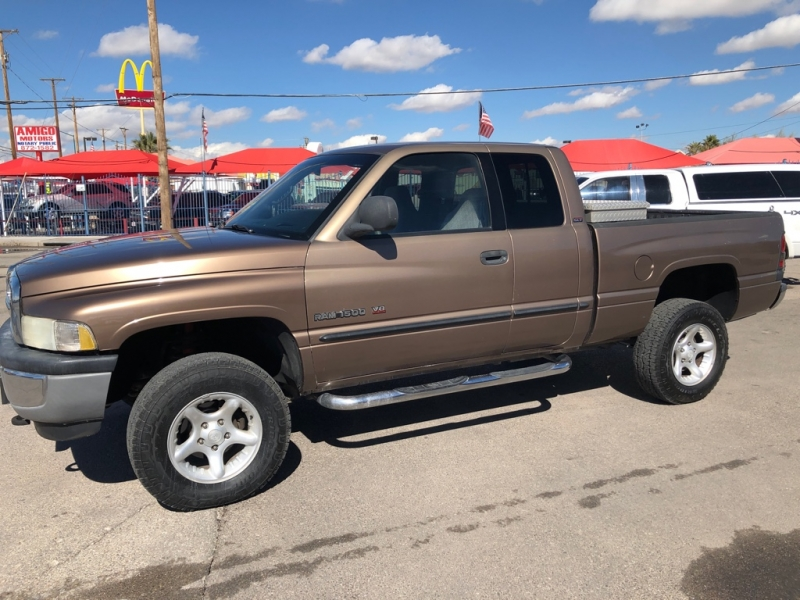 Dodge Ram 1500 4X4 2001 price $6,995