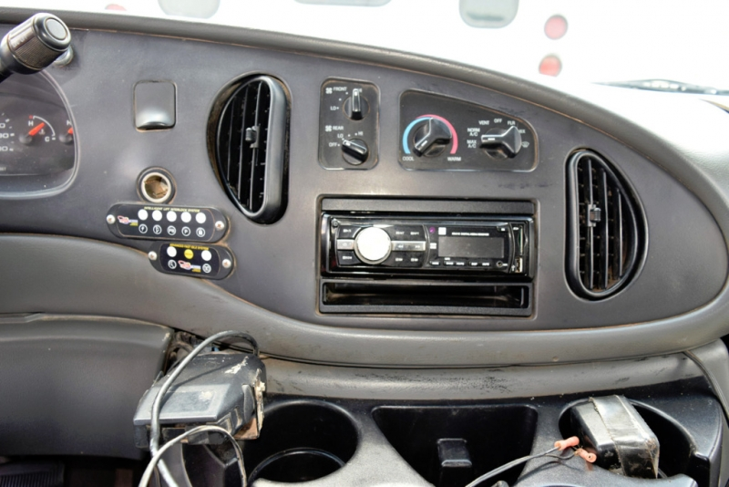 Starcraft Ford E450 Shuttle Bus 2007 price $7,700