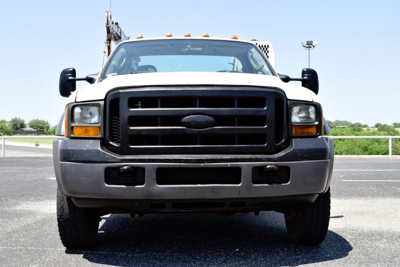Ford Super Duty F-450 DRW 2005 price $15,900