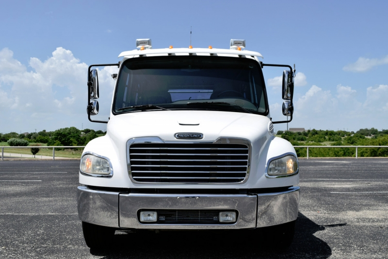 Freightliner M2 Sport Chassis 2005 price $48,900