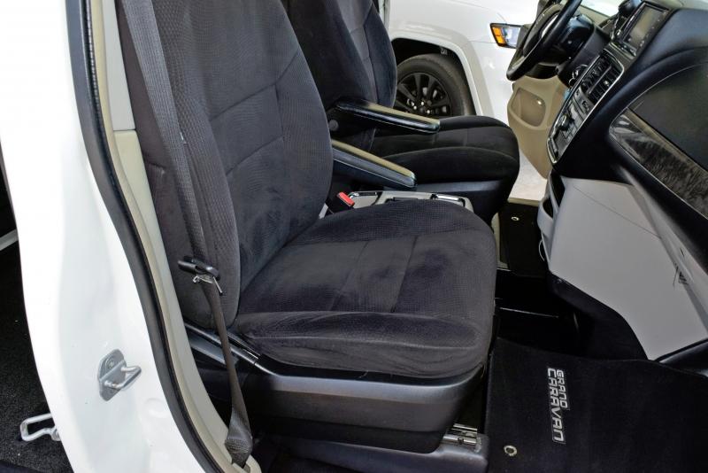 Dodge Grand Caravan 2011 price $9,250