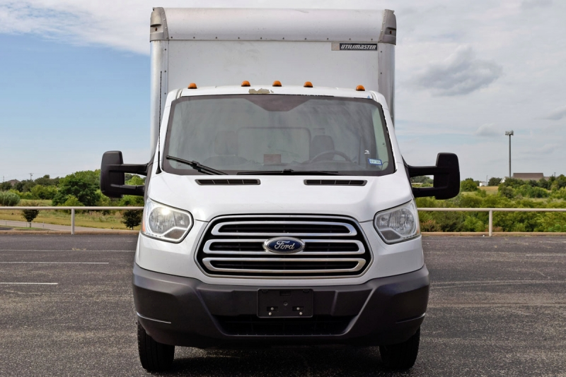 Ford Transit Box Truck 2015 price $18,900