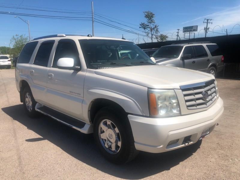 Cadillac Escalade 2004 price $5,800