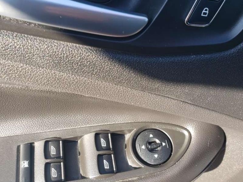 Ford Escape 2016 price $14,995