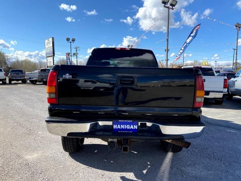 Chevrolet Silverado 2500HD 2003 price Call for Pricing.