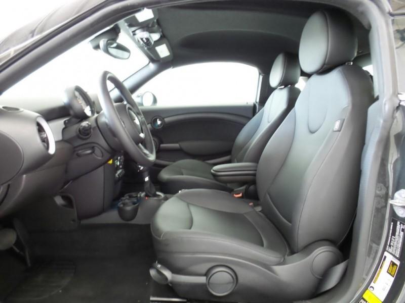 Mini Cooper Coupe 2013 price $8,999