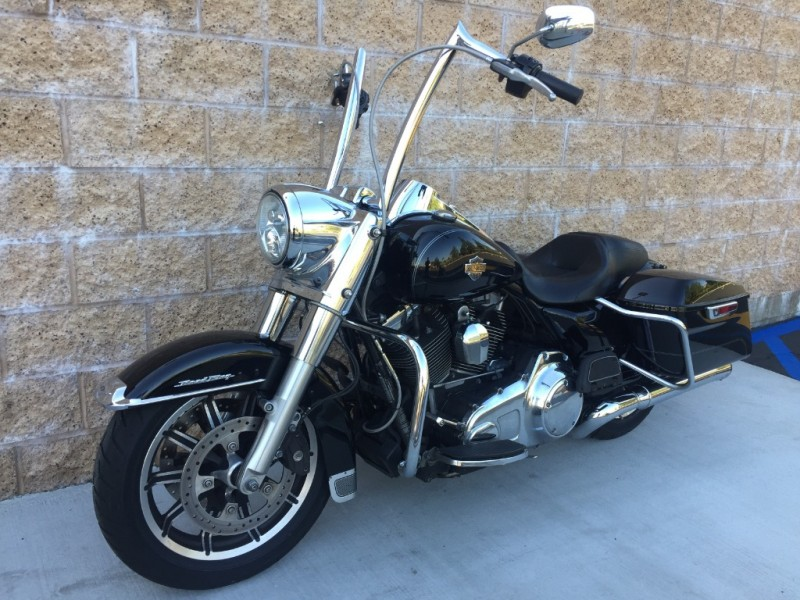 Harley-Davidson FLHR 2015 price $12,999