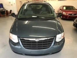 Chrysler Town & Country LWB 2006