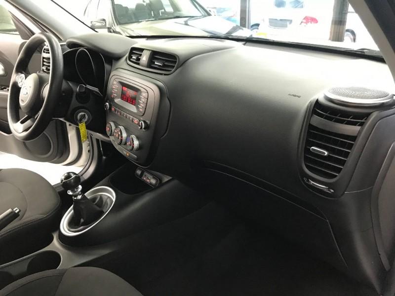 Kia Soul 2015 price $9,433
