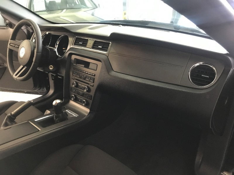 Ford Mustang 2012 price $8,998