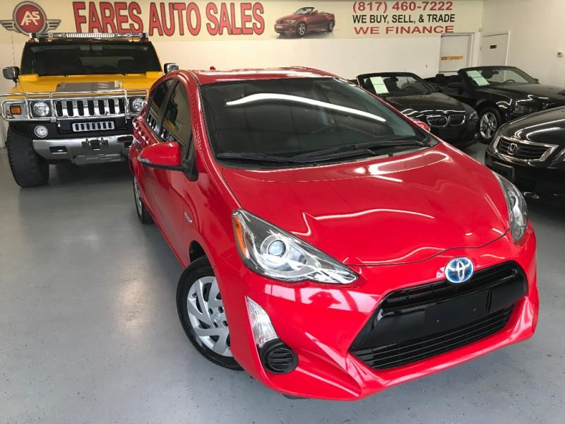Toyota Prius c 2015 price $7,800