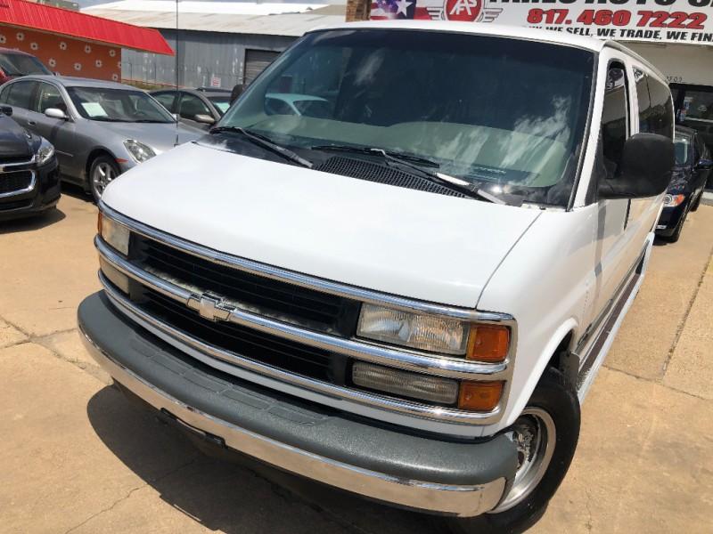 Chevrolet Express Van 1999 price $7,500