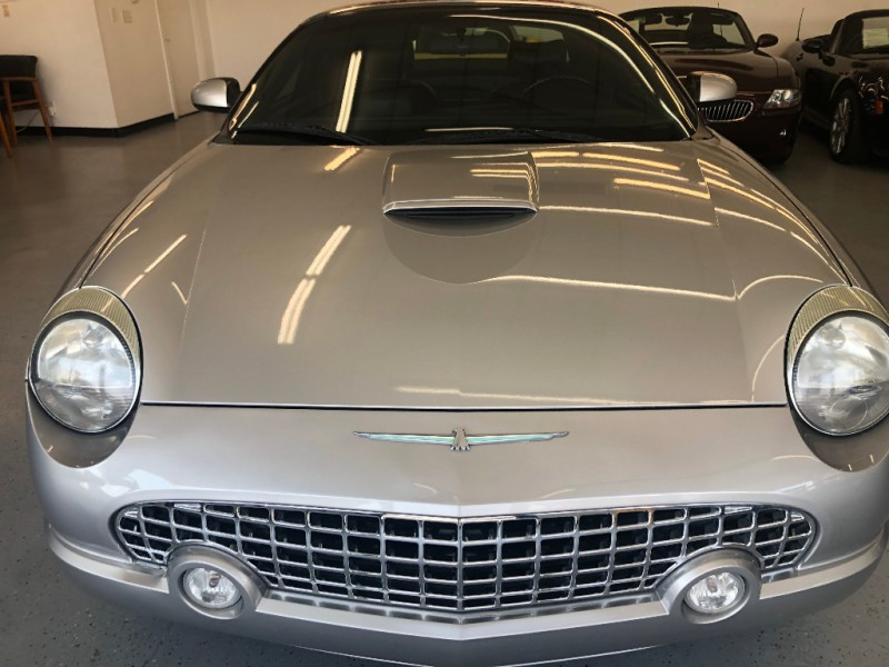 Ford Thunderbird 2004 price $11,500