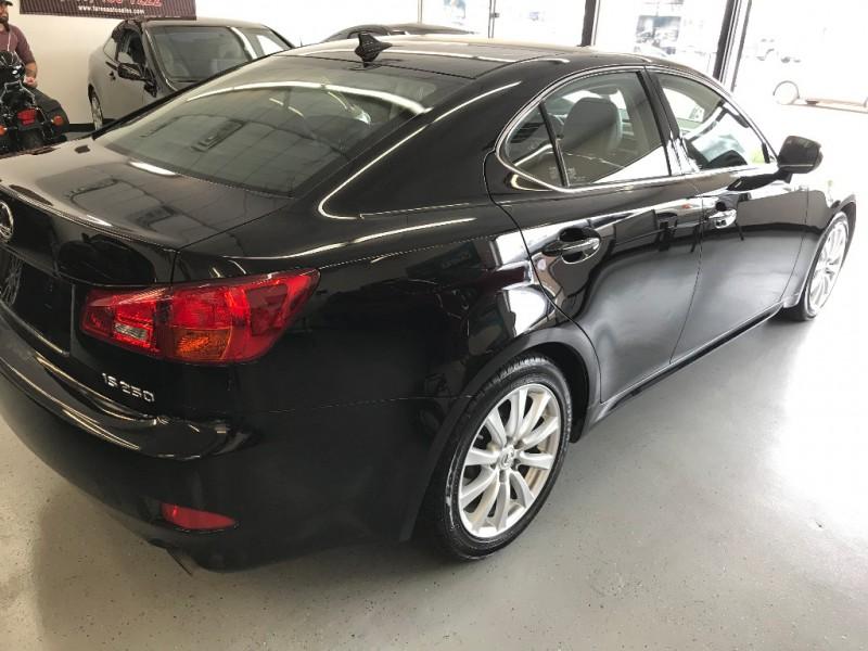 Lexus IS 250 2007 price $7,500