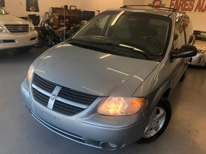 Dodge Grand Caravan 2006 price $4,500