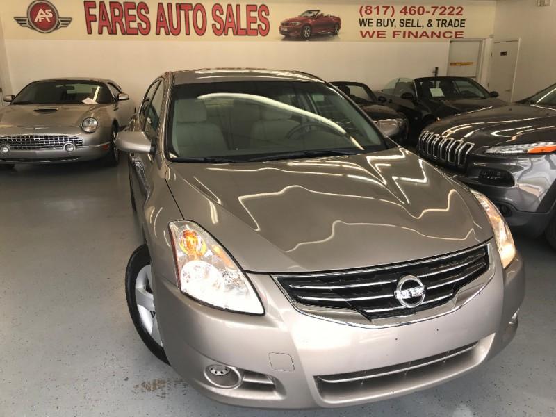 Nissan Altima 2011 price $4,650