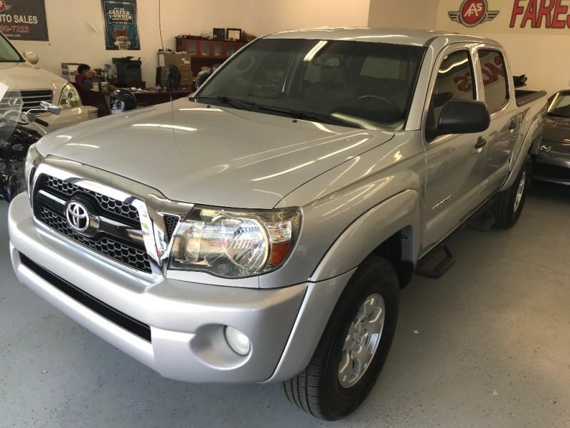 Toyota Tacoma 2011 price $15,500