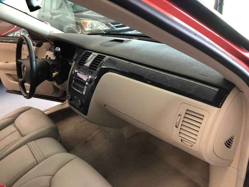 Cadillac DTS 2008 price $9,998
