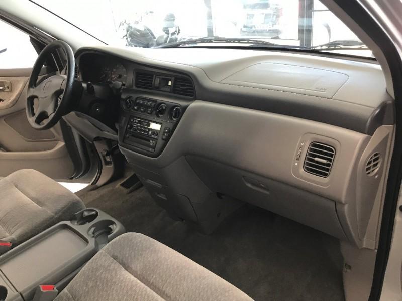 Honda Odyssey 2001 price $3,500