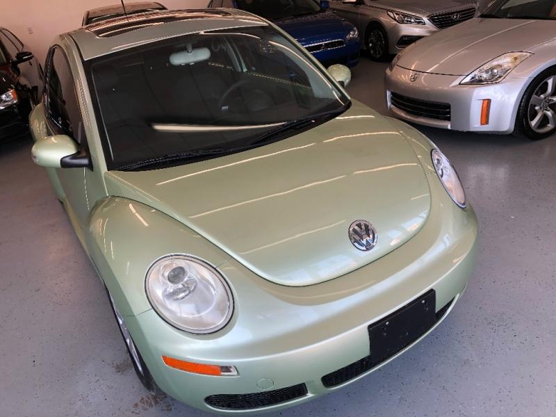 Volkswagen New Beetle Coupe 2007 price $6,000