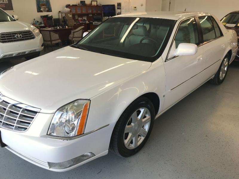 Cadillac DTS 2007 price $8,500