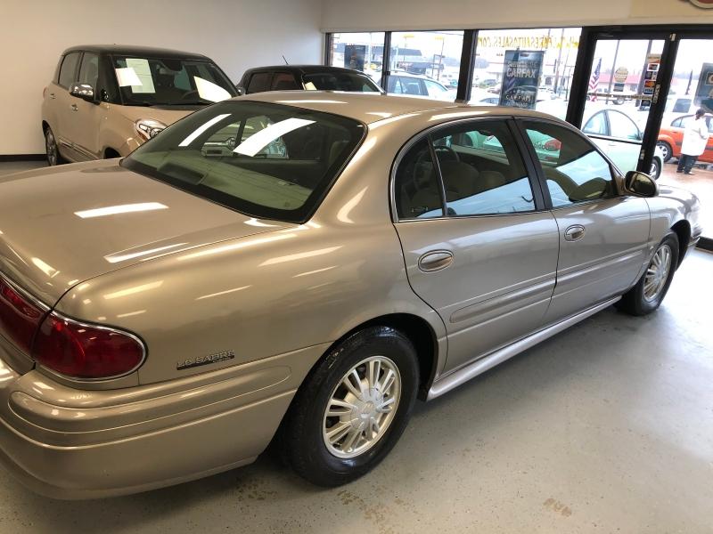 Buick LeSabre 2002 price $3,800