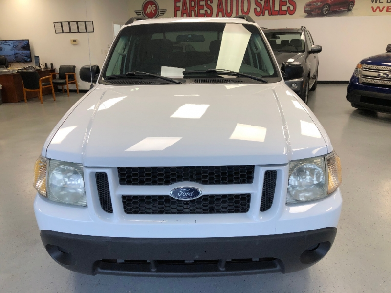 Ford Explorer Sport Trac 2004 price $7,500