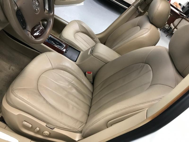 Buick Lucerne 2006 price $3,500