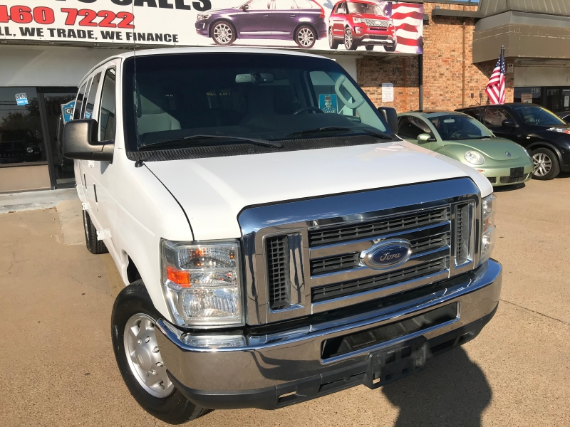 Ford Econoline Wagon 2013 price $12,998