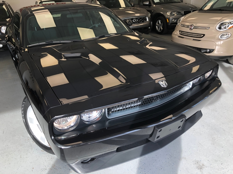 Dodge Challenger 2010 price $16,500